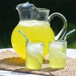 Sweet Lemonade With Lavender