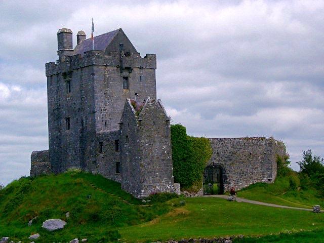 Dunguaire Castle, Irlanda