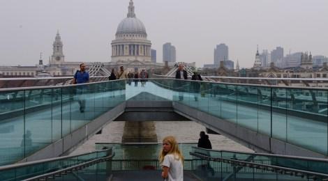 Wapperende voetjes in London.