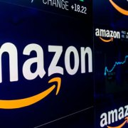Amazon, trimestre da record