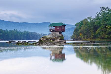 Shtepia ne lumin Drina