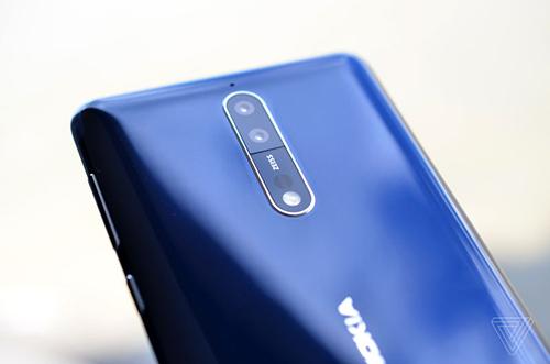 Nokia 8 - 3