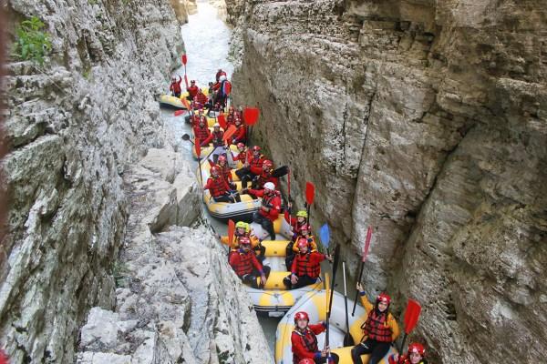 Turizem rafting 3 986