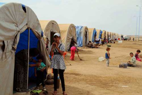 Miles de iraquíes, tanto suníes como chiíes, se han visto desplazados como consecuencia del conflicto iraquí.