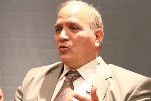 El profesor Abdullah Al-Ashaal