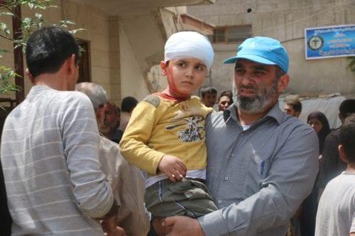 Niños heridos en los ataques contra la zona rebelde de Alepo/ AMC.
