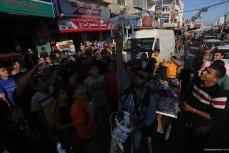 20160520_AliWeiwei-visits-gaza-2