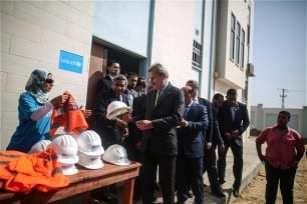 Johannes-Hahn-sea-ceremony-on-water-desalination-plant-in-Gaza-2016-13