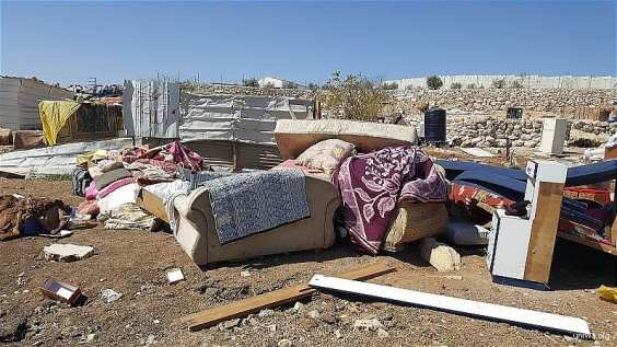 Israeli-demolishes-houses-in-West-Bank-L003