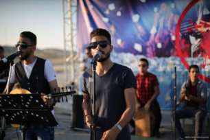 20160807_Palestinian-Music-Band-Performs-At-Erez-Crossing-012