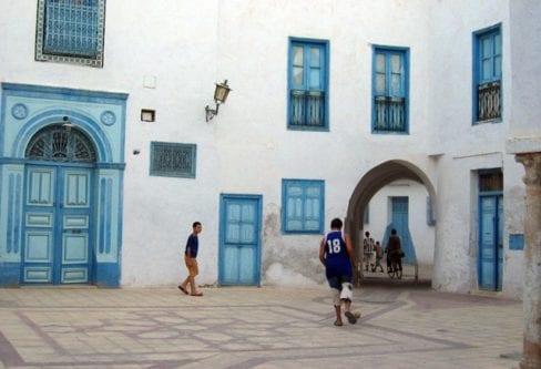 Boys-in-the-medina