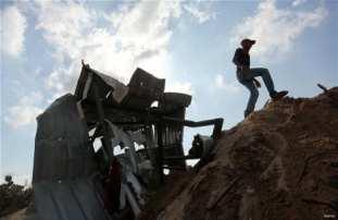 Israeli-airstrikes-hits-Gaza-Beit-Lahia-04