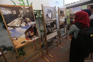 Cientos de personas han visitado la exposición, que también recibió el apoyo del Ministerio palestino de Vivienda