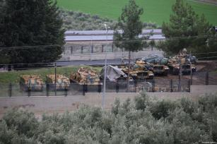HATAY, TURQUÍA - 19 DE ENERO: Tanques desplegados en la frontera de Hatay del ejército turco, Turquía, 19 de enero de 2018. (Cem Genco - Agencia de Anadolu)