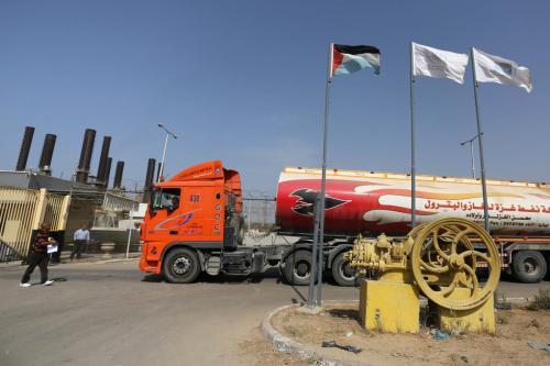 Israel permite que entre combustible nuevamente en Gaza
