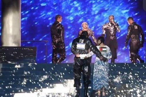 Eurovisión: la exhibición de Madonna con la bandera palestina en…