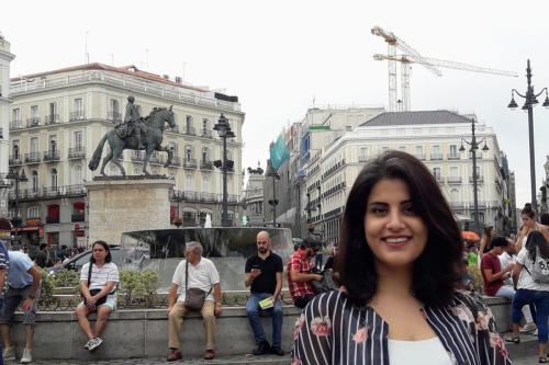 Loujain Al-Hathloul ha sido electrocutada y amenazada de violación en…
