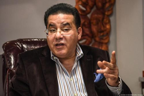 Ayman Nour revisa los desarrollos de la iniciativa de diálogo…