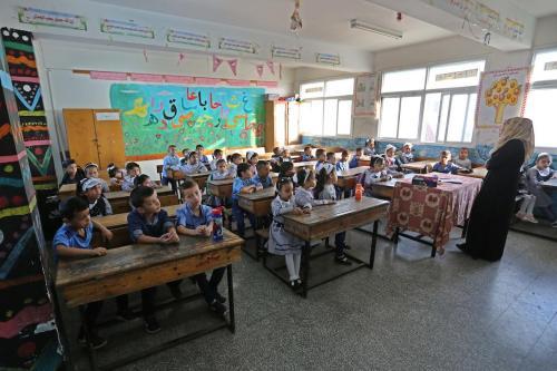 Las escuelas de UNRWA abrirán a tiempo a pesar de…