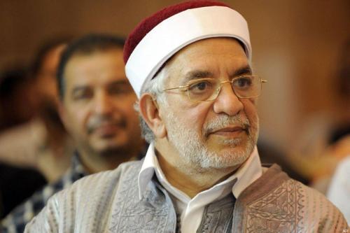 El moderado vicepresidente de Ennahda, Túnez, Mourou, se presentará a…