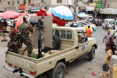 Yemen: enfrentamientos mortales entre fuerzas pro-gubernamentales y separatistas