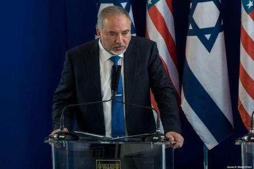 Israel: Lieberman busca los votos de los colonos y habla…