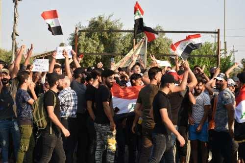 Iraq declara toques de queda mientras se desatan los tiroteos…