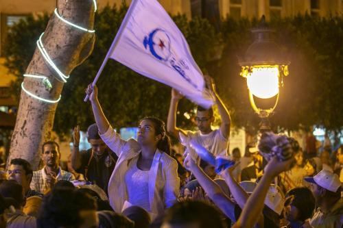 Ennahda lidera las elecciones legislativas de Túnez con 52 escaños