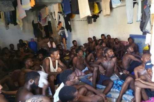 ACNUR: Refugiados africanos desesperados pagan para ingresar en las cárceles…