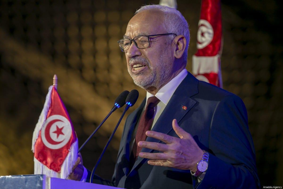 El presidente del Parlamento tunecino, Rashid Al Ghannouchi, asiste al 4º congreso de las ramas estudiantiles del movimiento Nahda en la Universidad de Túnez en Túnez, Túnez, el 18 de enero de 2020. [Yassine Gaidi - Agencia Anadolu]