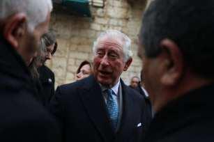 El príncipe Carlos de Gales es visto mientras visita Belén, Cisjordania, el 24 de enero de 2020. (Issam Rimawi - Agencia Anadolu)