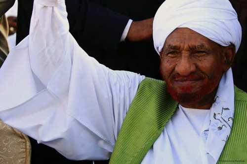 Sadiq Al-Mahdi: levantar las sanciones a Sudán con la ayuda…