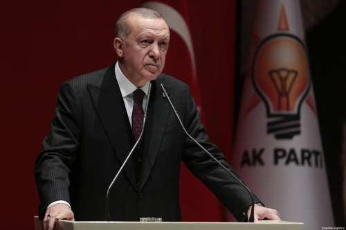 """Erdogan amenaza con atacar a las fuerzas sirias """"en todas…"""
