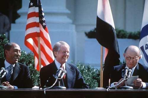 """Jimmy Carter: """"El acuerdo de Trump viola el derecho internacional"""""""