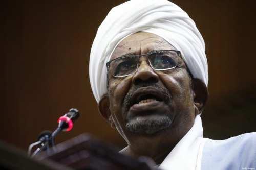 Primeros comentarios de la CPI sobre la extradición de Bashir…