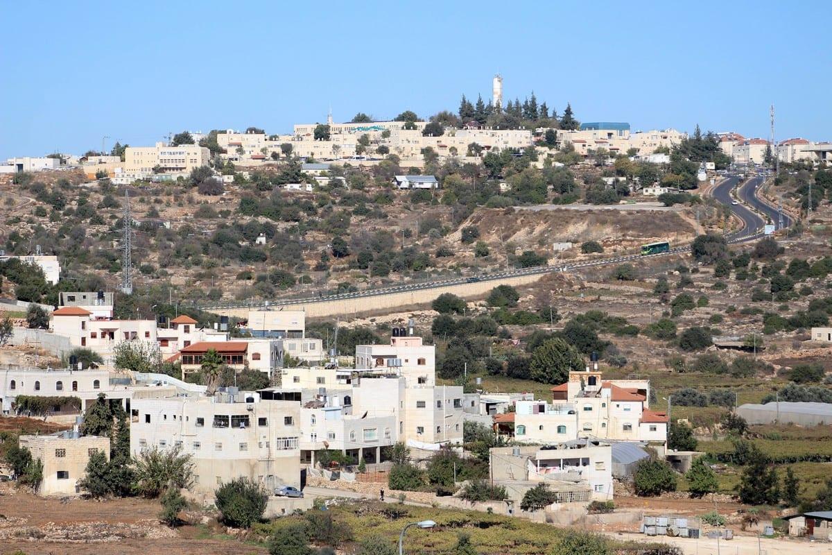 Un asentamiento israelí en Cisjordania el 19 de noviembre de 2019 [Mosab Shawer / Apaimages]