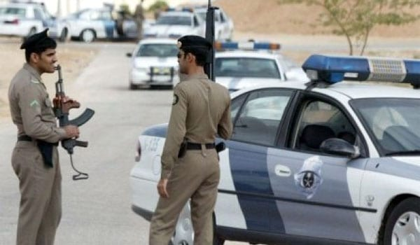 Foto de archivo - policías de Arabia Saudí