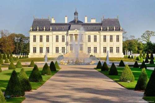 Francia rechaza la petición del príncipe heredero saudí para visitar…