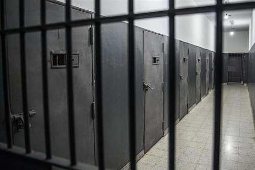 Arabia Saudí libera a cientos de prisioneros en medio del…