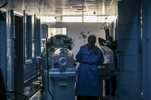 Libia: Pacientes con coronavirus evacuados del hospital bombardeado por la…