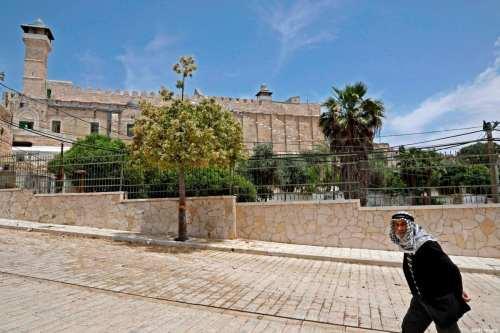 Israel detiene el llamado a la oración en la mezquita…