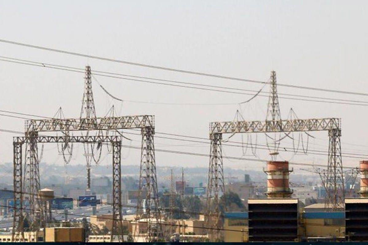 Irán firma acuerdo con Irak para exportación de electricidad