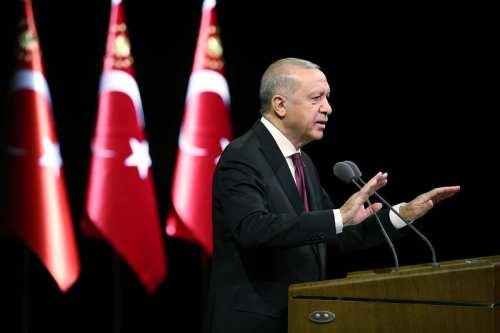 Erdogan de Turquía declara que Armenia debe retirarse de las…