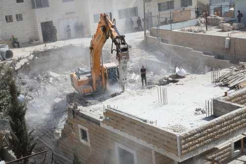 Israel emite órdenes de demolición a palestinos en Issawiya, Jerusalén