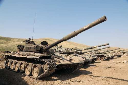 Irán despliega tropas en las fronteras con Azerbaiyán y Armenia