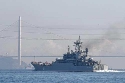Las marinas de Rusia y Egipto realizarán operaciones conjuntas en…