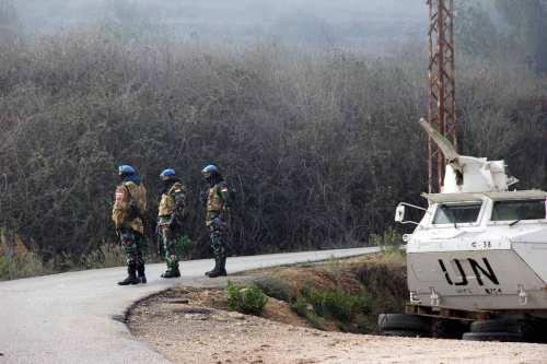 Las llamas atraviesan la zona fronteriza entre Israel y el…