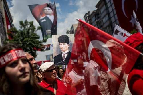 Recordando el Nació de la República de Turquía