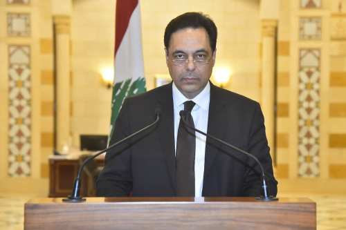 El primer ministro provisional del Líbano reclama un nuevo gobierno…
