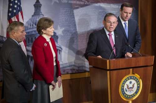 Senadores de EE.UU. tratan de detener las ventas de armas…